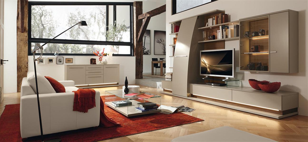Эта мебель с азиатскими нотками цвета слоновой кости выдержа.
